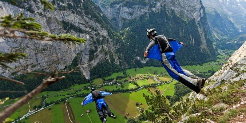Base jump iphb